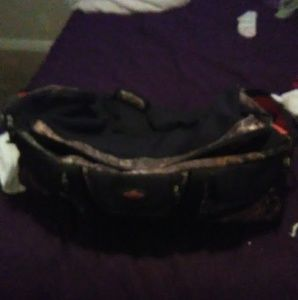 Other - Big duffle bag 12 pockets